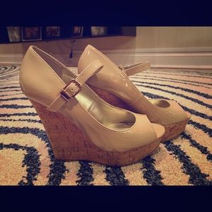 Guess Light Natural Wedge